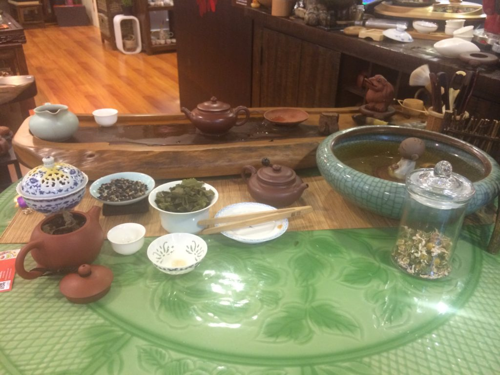 "The ""Welcome"" Tea table at the entrance of Topotea."